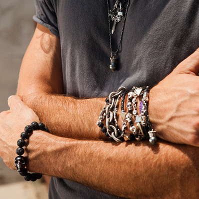 too-much-jewelry men fashion mistake