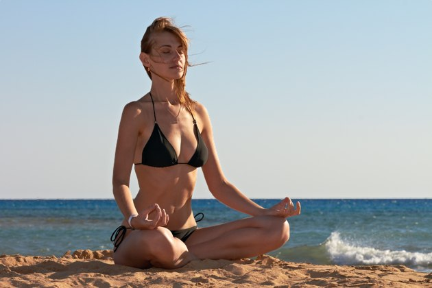 5-lotus-pose-variations-to-prevent-injury