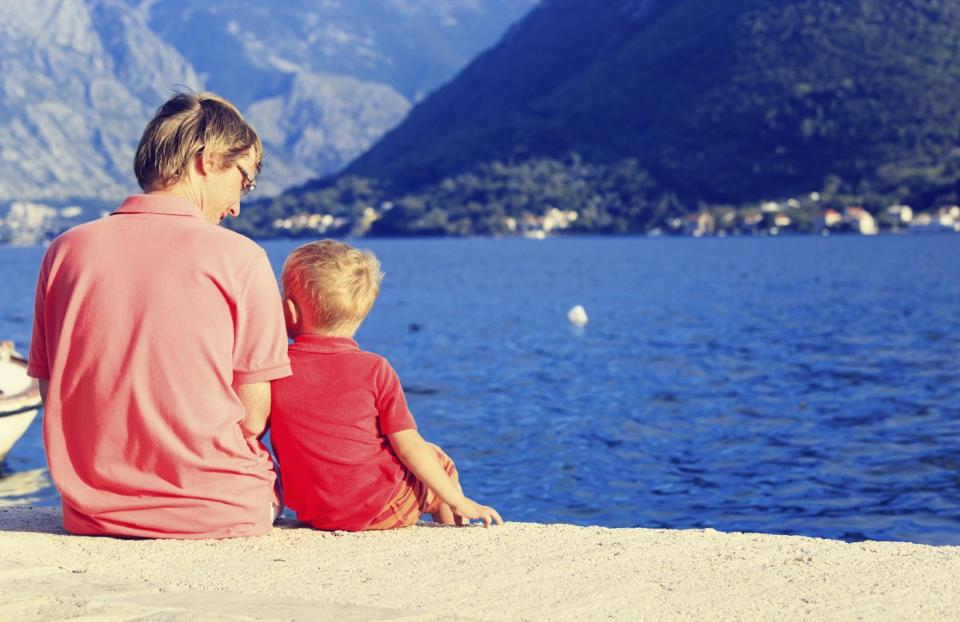 Raising a Child to be Happy and Healthy