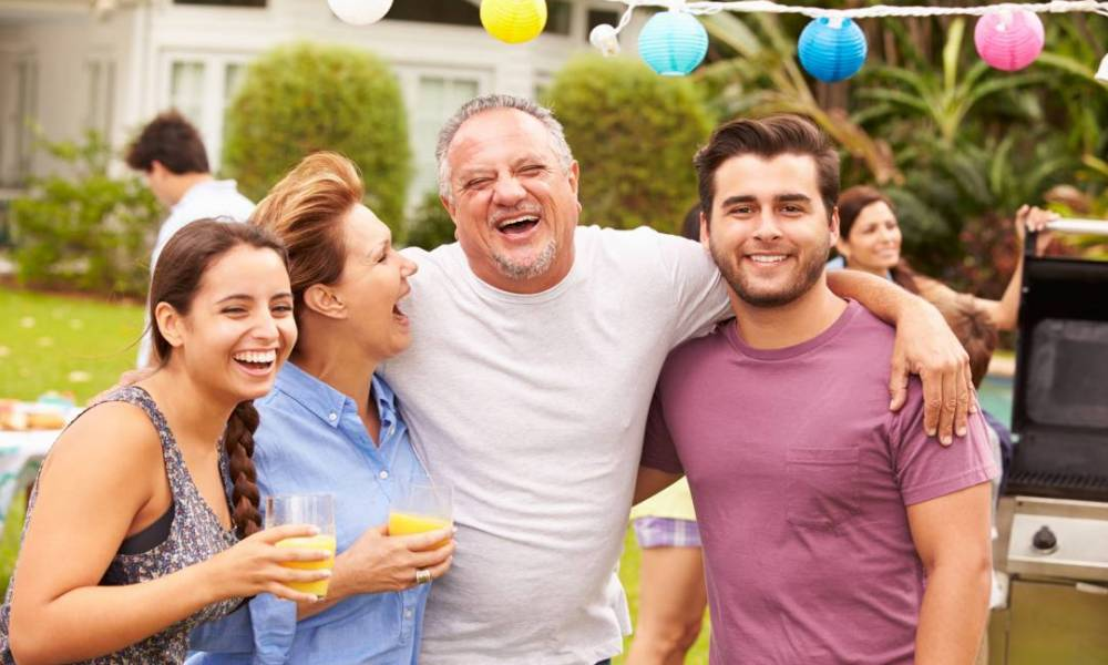 maintaining healthy relationships with friends and family