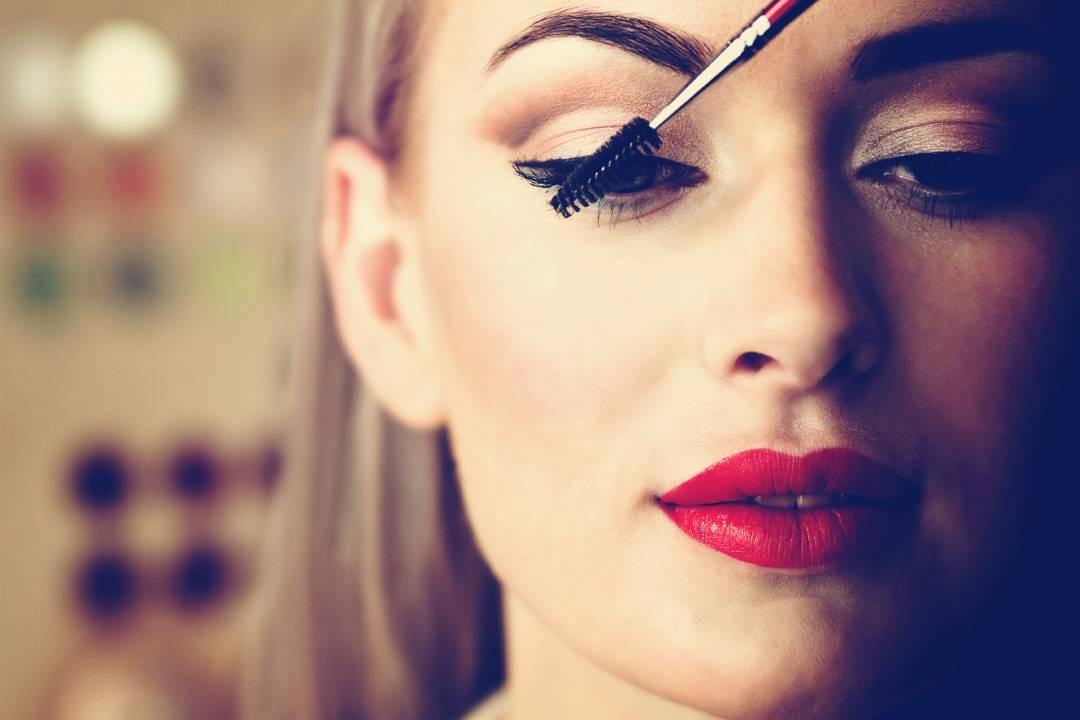 Makeup younger