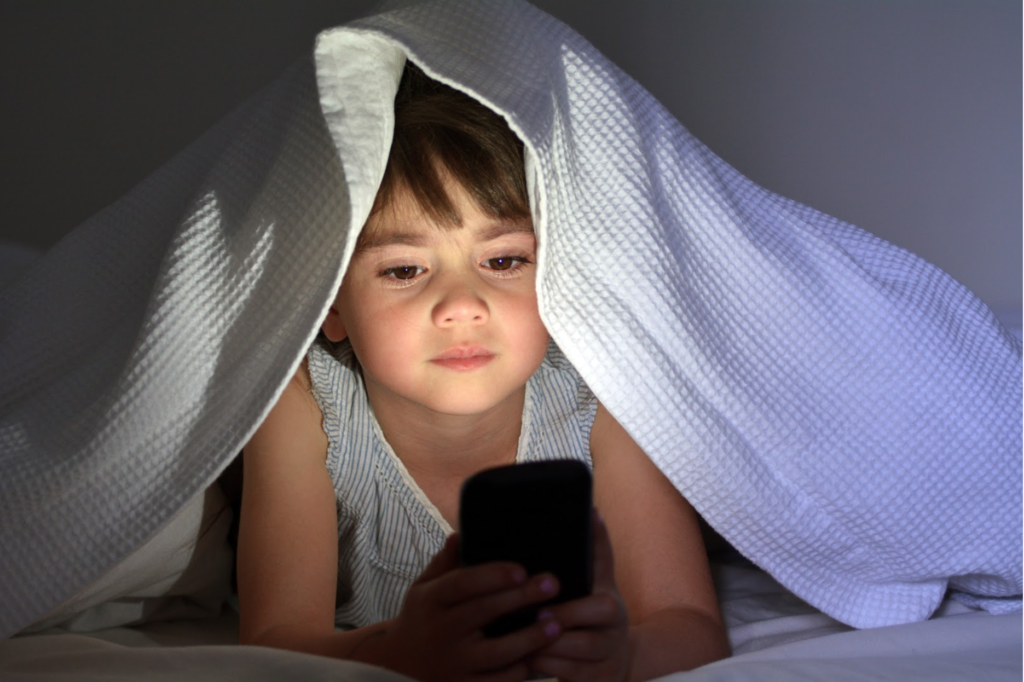 LONG SCREEN TIME EFFECT A CHILDS BRAIN