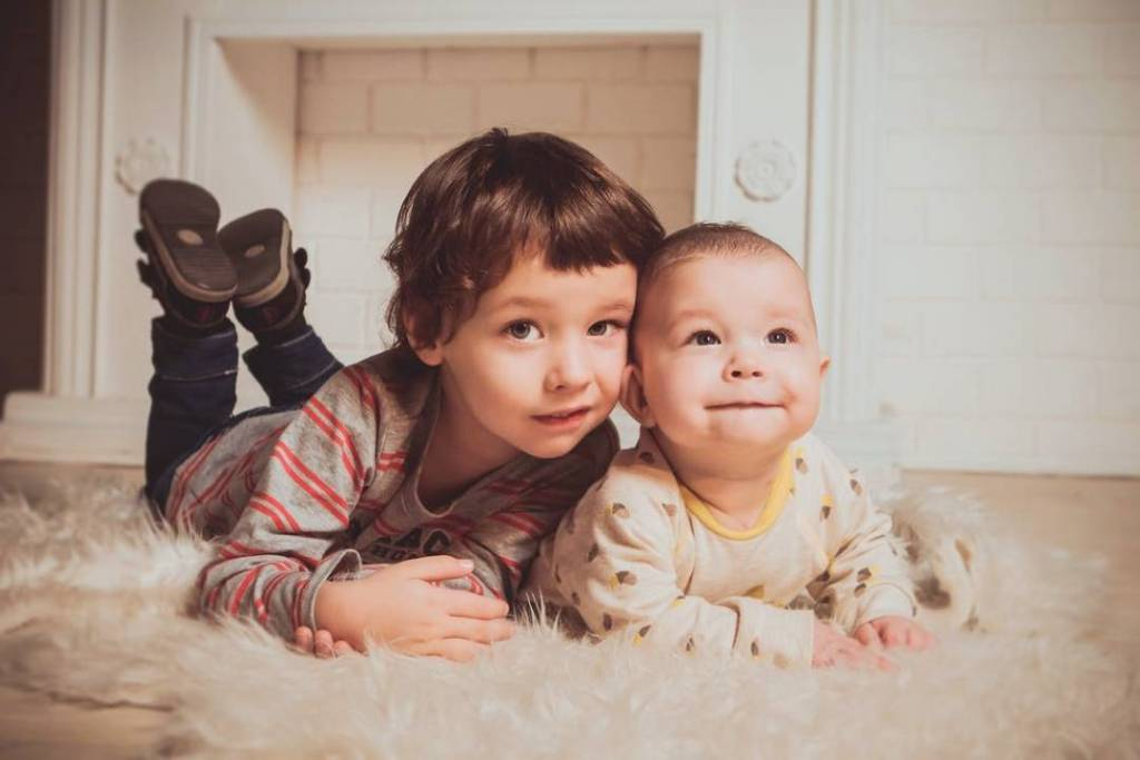 These small acts of affection contribute greatly to a strong sibling bond.